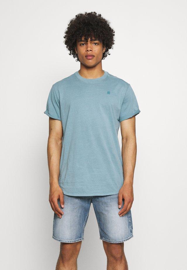 LASH - T-shirt basic - light bright nickel