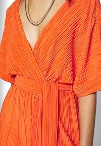 YAS - YASOLINDA  - Denní šaty - tigerlily - 5