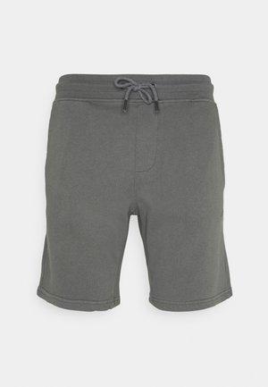Shorts - quiet shade