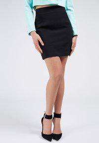 Guess - Mini skirt - schwarz - 0