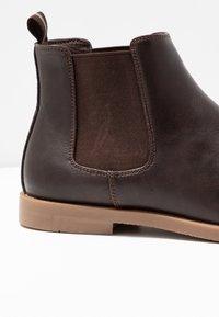 YOURTURN - Classic ankle boots - dark brown/cognac - 5