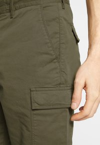 Lyle & Scott - Shorts - lichen green - 4