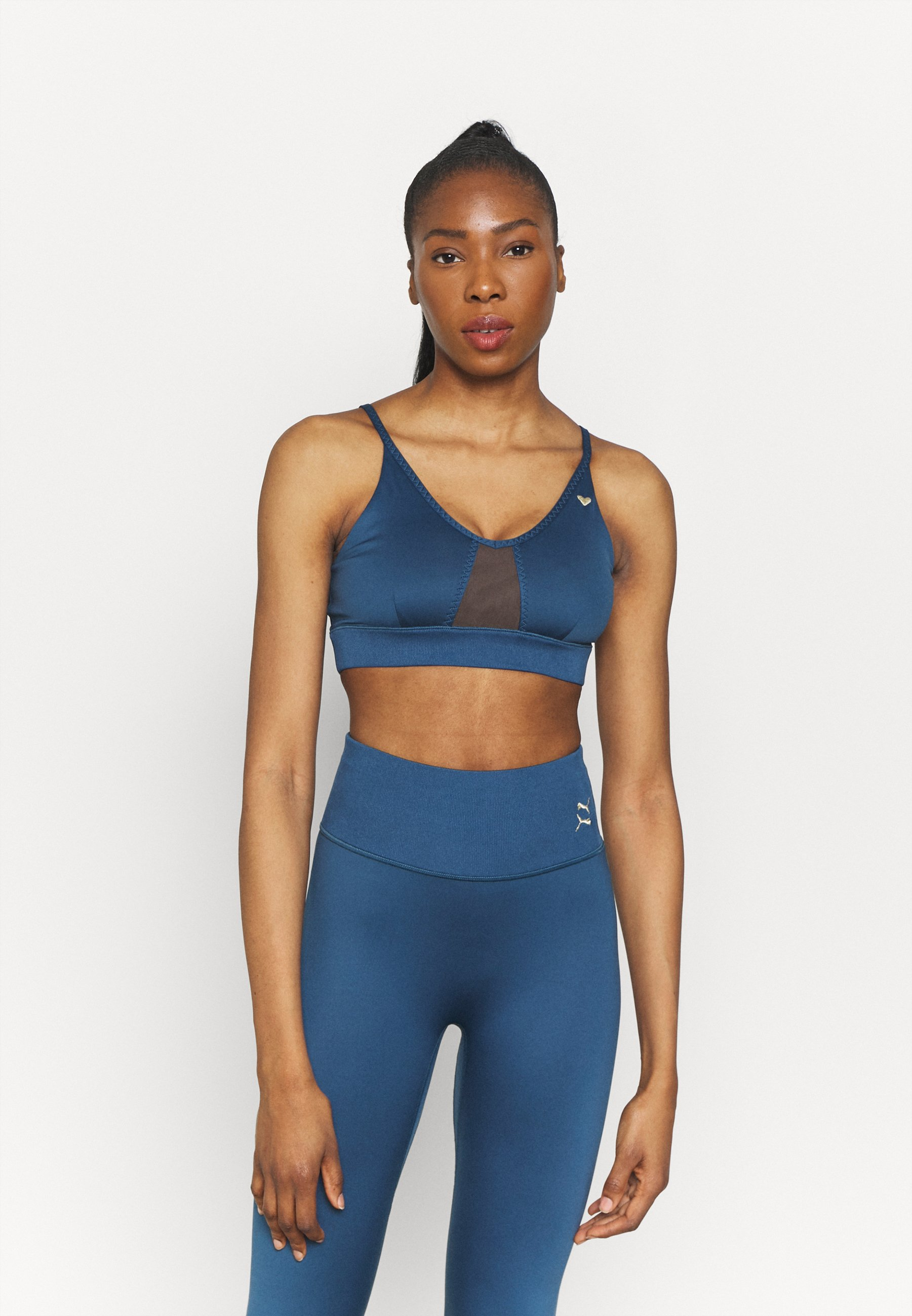Women EXHALE STUDIO BRA - Light support sports bra