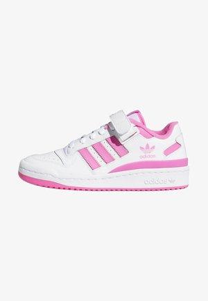 FORUM UNISEX - Sneakersy niskie - white