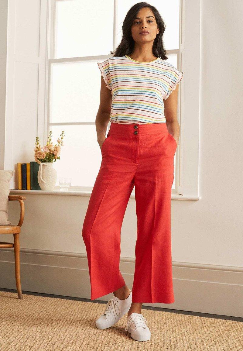 Boden - Print T-shirt - regenbogenfarben