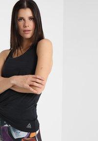 Reebok - TANK - T-shirt de sport - black - 3
