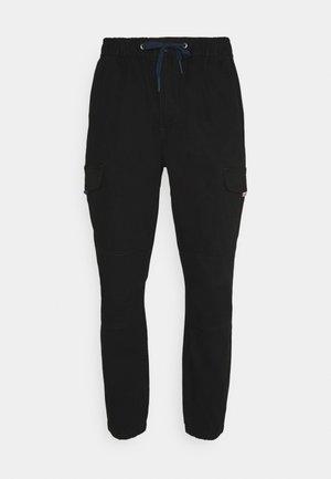 JOGGER - Pantaloni cargo - black