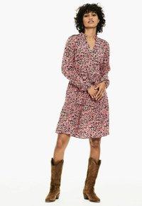 Garcia - Shirt dress - fiery pink - 0