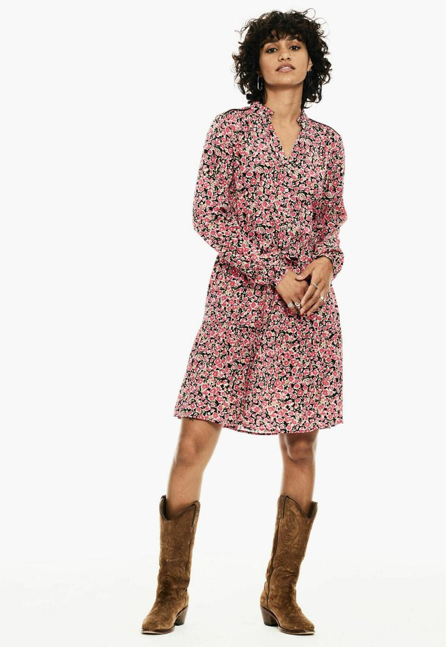 Shirt dress - fiery pink