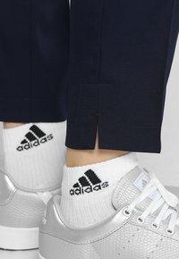 Lacoste Sport - Kalhoty - navy blue - 3