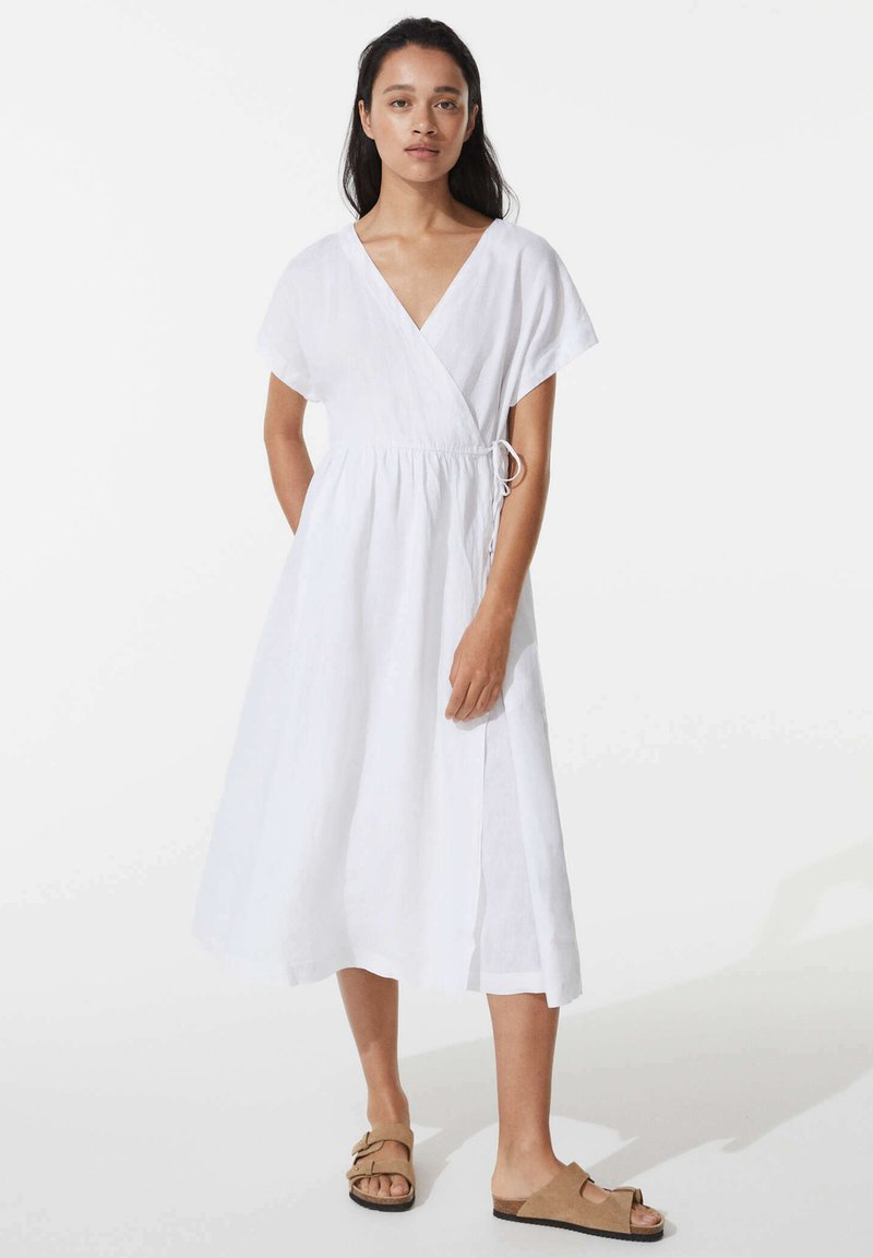 OYSHO - Day dress - white