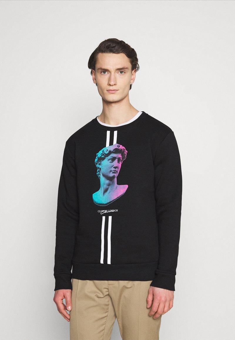 CLOSURE London - LINEAR STATUE CREWNECK - Sweatshirt - black