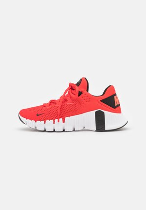 FREE METCON 4 UNISEX - Sports shoes - chile red/black/magic ember/white
