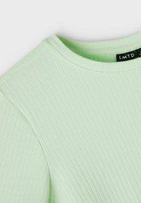 LMTD - 3ER PACK - Basic T-shirt - ambrosia - 4