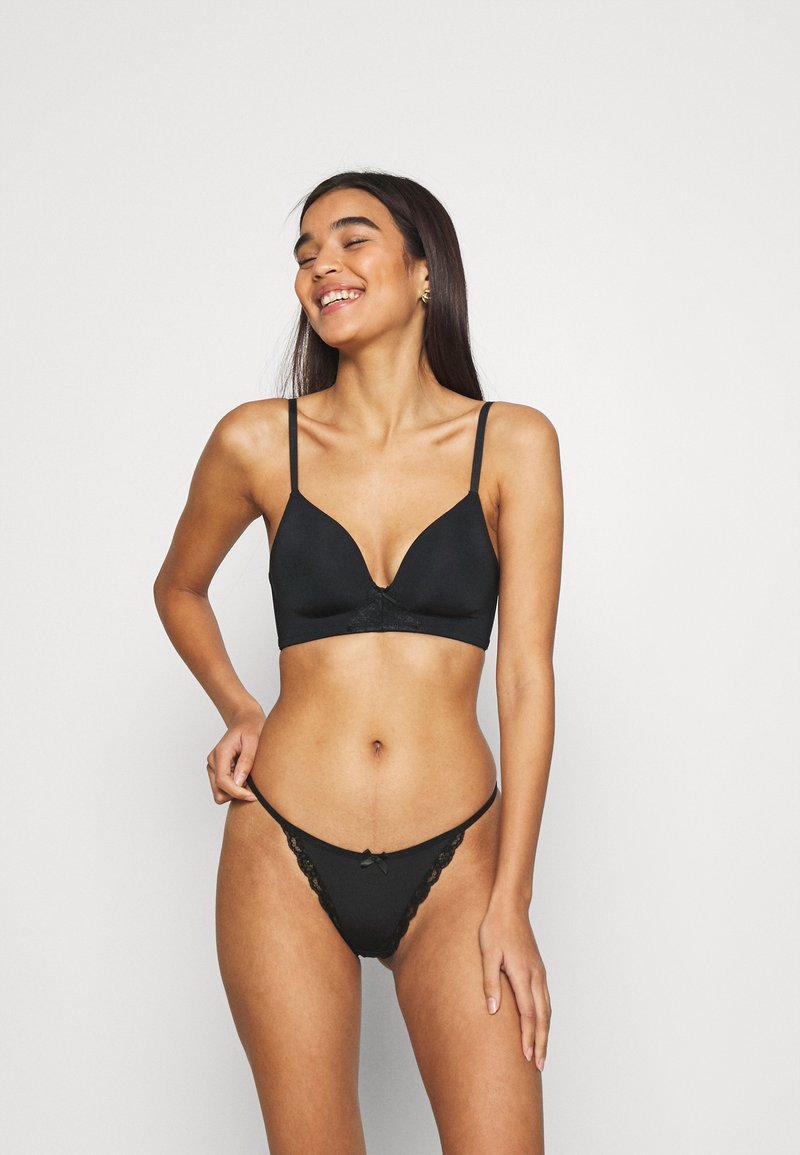 Nly by Nelly - ADORE ME THONG 3-PACK - Thong - black