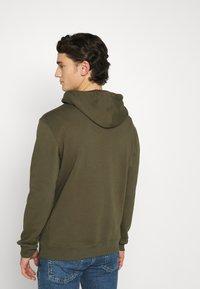 Lee - PLAIN HOODIE - Sweat à capuche - olive green - 2