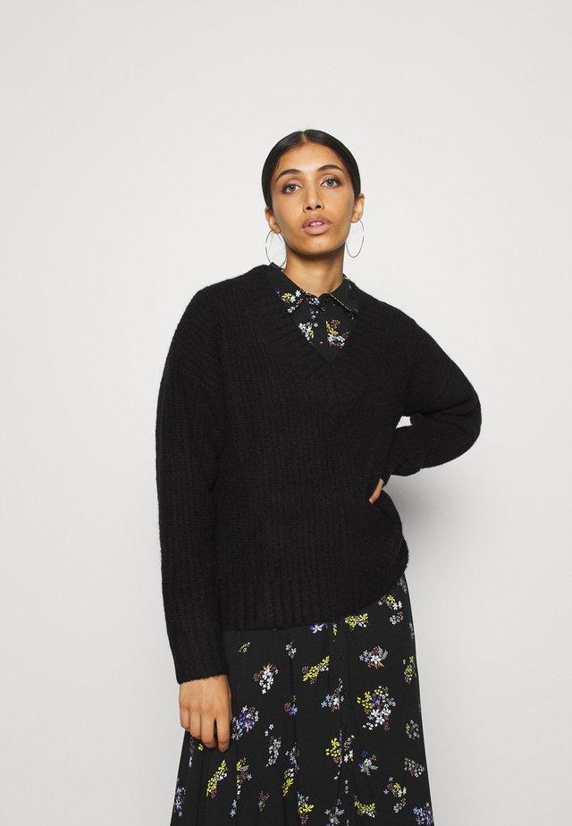 CLAIRE JUMPER - Sweter - schwarz
