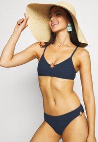 watercult - WATERCULT SOLID CRUSH - Bikini pezzo sopra - nightblue - 3