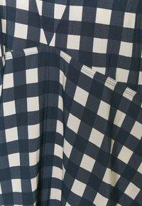 Victoria Victoria Beckham - BELL SLEEVE GINGHAM CHECK DRESS - Maxi dress - midnight blue/white sand - 2