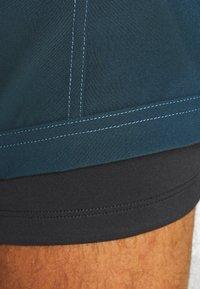 Vaude - MENS LEDRO - Outdoor Shorts - steelblue - 5