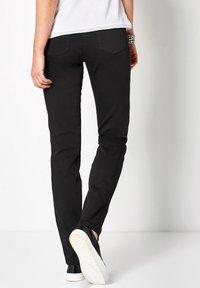 TONI - BELOVED CS - Slim fit jeans - 089 black - 2