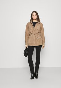 Deadwood - SAHARA JACKET - Leather jacket - sand - 1
