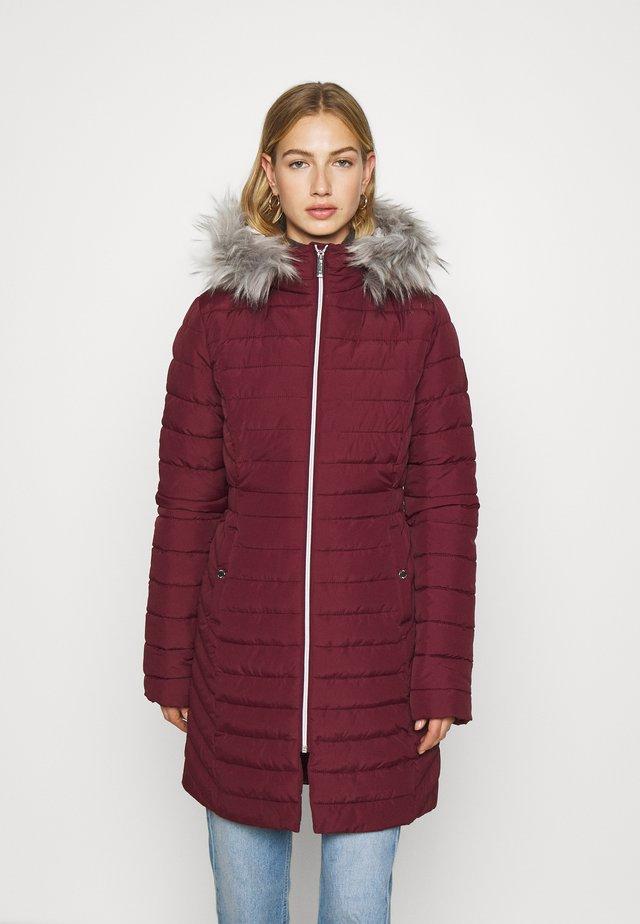 CORE PUFFER - Winter coat - burgundy