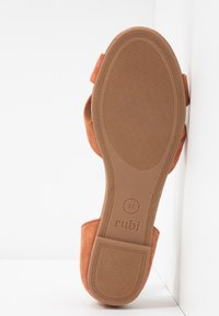 Rubi Shoes by Cotton On - DALLAS CROSSOVER  - Sandales - hazel - 6