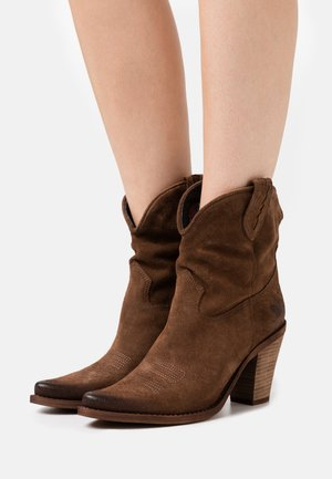 STONES - High heeled ankle boots - marvin brown