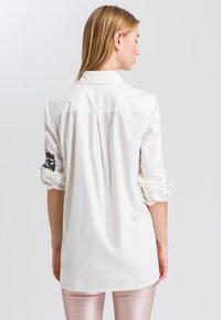 Marc Aurel - Button-down blouse - off white varied - 2