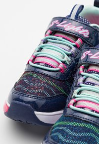 Skechers - LIGHT SPARKS - Trainers - navy/multicolor - 5
