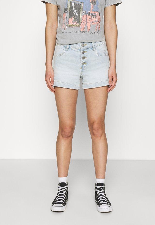 MID RISE CLASSIC - Shorts vaqueros - angels blue