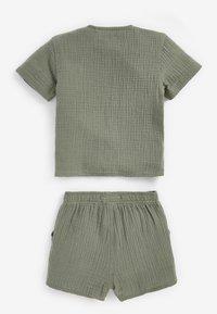 Next - SET - Shorts - khaki - 1