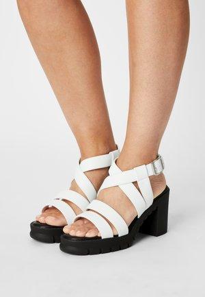 VEGAN RAGAN - Platform sandals - white