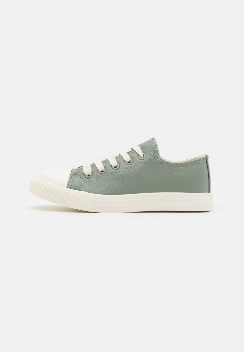 Cotton On - CLASSIC TRAINER UNISEX - Trainers - silver sage/ecru