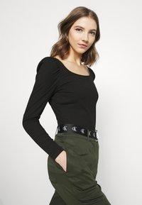 Vila - VILANA SQUARE NECK - Long sleeved top - black - 3