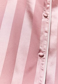 Missguided - STRIPED SHIRT AND SHORTS - Pyjamas - pink - 5