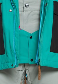 OOSC - YEH MAN JACKET  - Ski jacket - green/black - 8