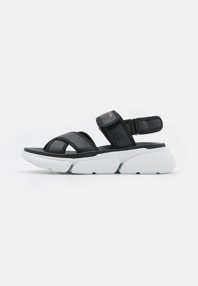 CPH708 - Sandaalit nilkkaremmillä - black