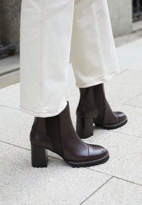 See by Chloé - MALLORY - High heeled ankle boots - dark brown - 0