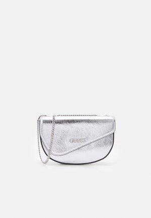 HANDBAG WALK OF FAME MINI - Across body bag - silver