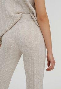 PULL&BEAR - Trousers - beige - 5