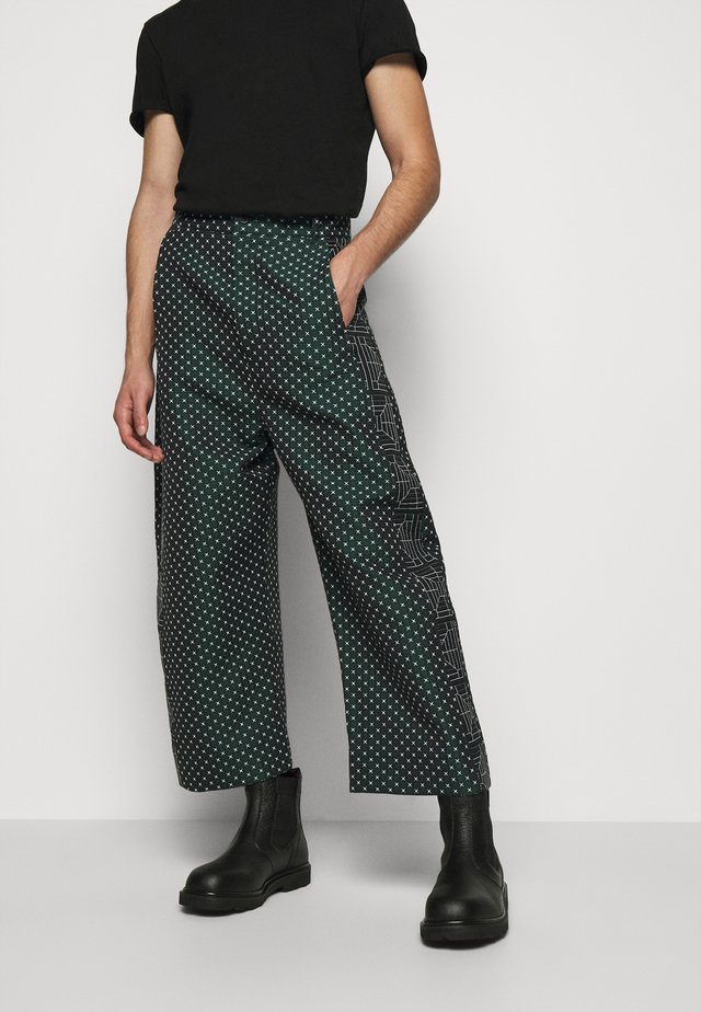 KEY PANTS MIX DRAIN MIXER - Pantaloni - dark green