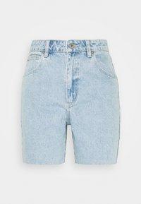 Abrand Jeans - A CLAUDIA CUT OFF - Shorts di jeans - walk away - 4