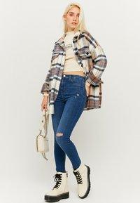 TALLY WEiJL - Jeans Skinny Fit - dark blue denim - 1