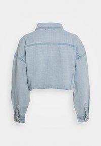 Missguided - CROPPED RAW HEM JACKET - Denim jacket - light blue - 1