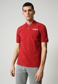 Napapijri - E-ICE - Polo shirt - old red - 0