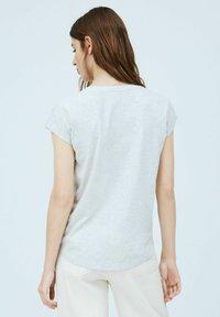 Pepe Jeans - CAROL - Print T-shirt - gris marl - 2