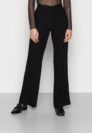 LONG LEAN CLASSIC GABARDINE - Kalhoty - black