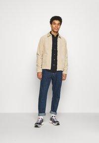 Carhartt WIP - MADISON JACKET - Summer jacket - wall - 1
